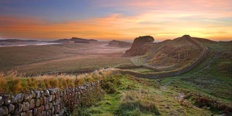 Landscape Photograph Print: Housesteads Crags, Hadrian's Wall ...: www.northern-horizons.co.uk/landscape-photography/pictures/print...